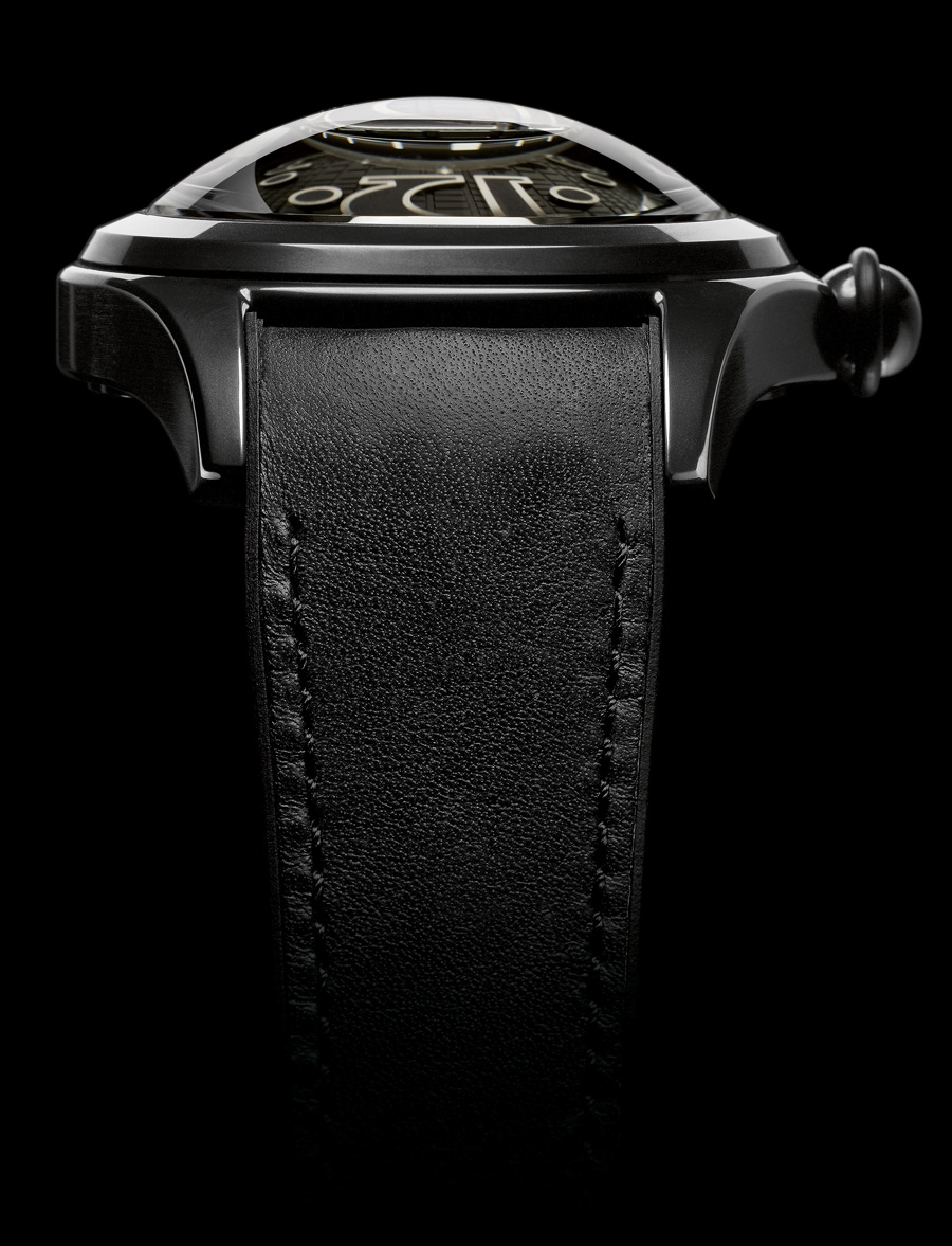 Corum: Heritage Bubble Schwarz