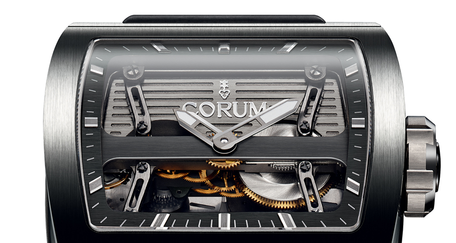 Das Corum-Logo auf der Ti-Bridge Automatic Dual Winder
